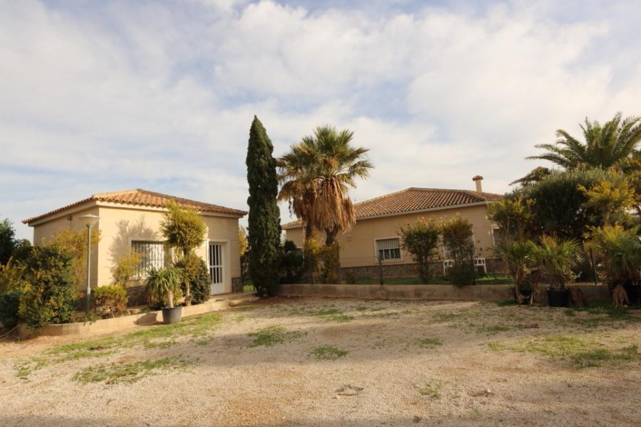 For Sale Villa Elche with 16000m2 plot