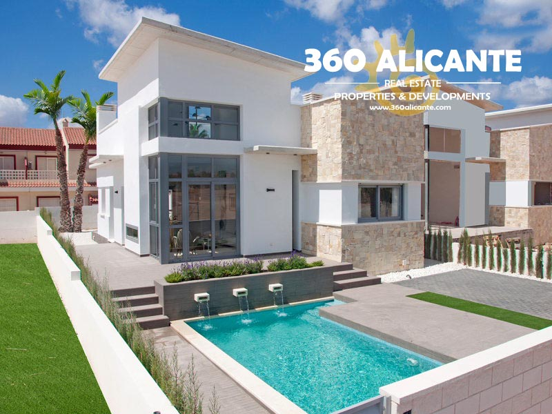 Villa in Alicante with Swimming-pool