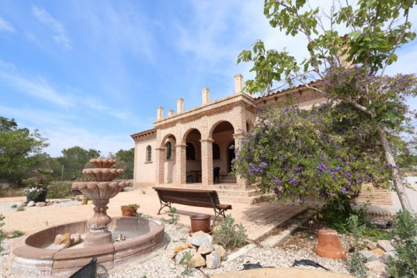Country House For Sale Torrellano