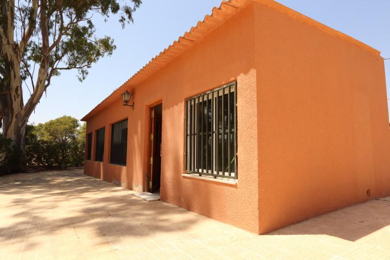 8-room-elche-villa-sale-alicant22-800x533