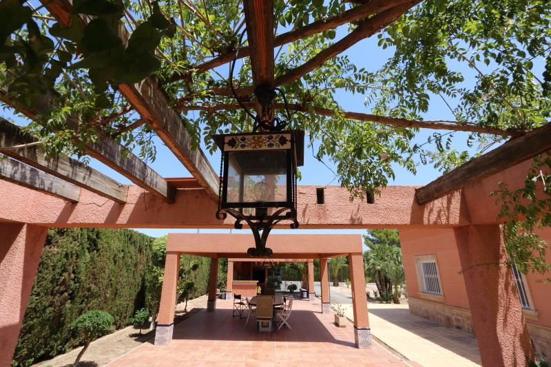Elche Villa For Sale