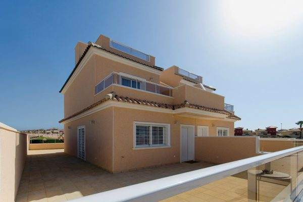 Cabo Roig Town House with Swimming-pool
