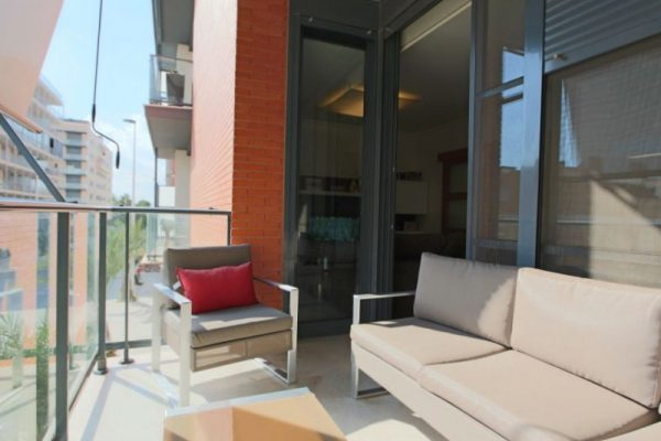 Apartment For Sale in Elche | Swimming-pool and Parking