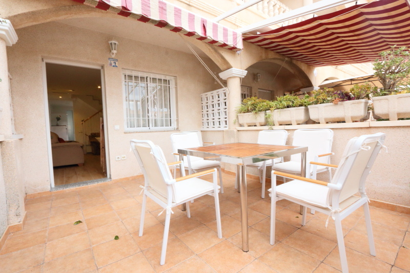 Bungalow in Gran Alacant For Sale