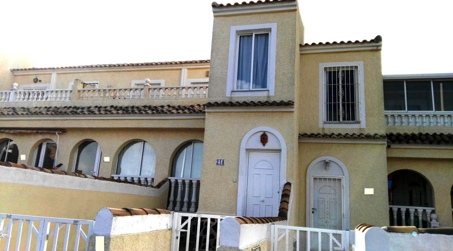 Sea View Apartment in Gran Alacant with 2 bedrooms