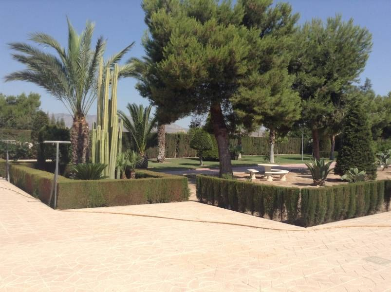 Villa Matola with Swimming Pool and 4 bedrooms For Sale