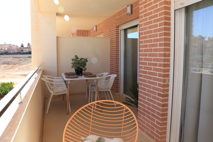 Gran Alacant Apartments with Pool, Parking and Storage