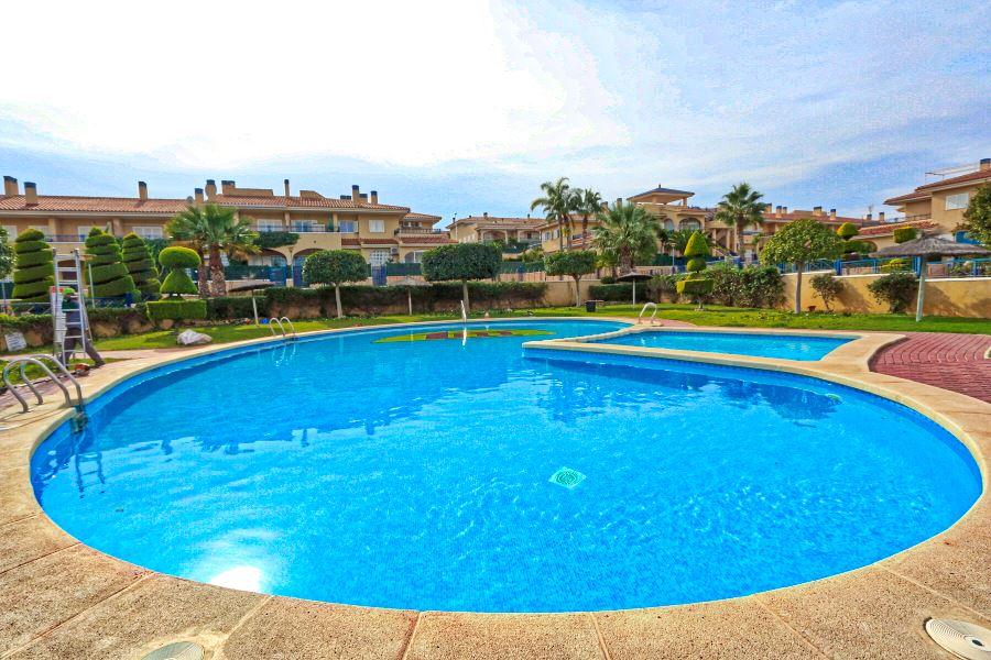 Gran Alacant Holiday Homes, 3 bed Apartment