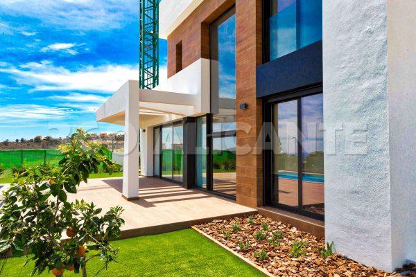 New Development Alciante Villas with Sea View