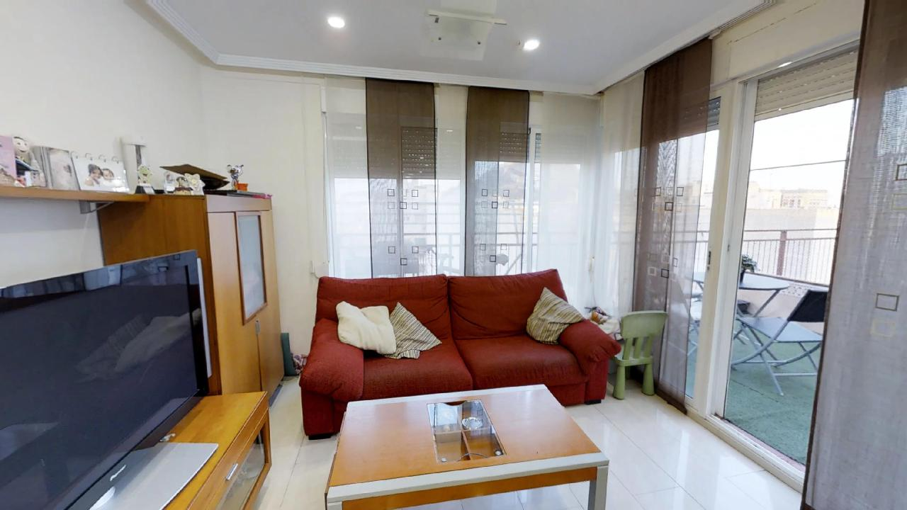 Alicante Penthouse & Castle Views | For Sale, 3 bed, 2 bath