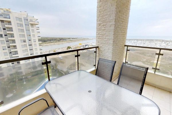 Guardamar Apartment with Sea Views, Swimming-pool